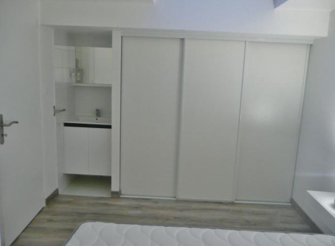 loyer appartement location appartements la rochelle aytr location t3 en duplex avec. Black Bedroom Furniture Sets. Home Design Ideas